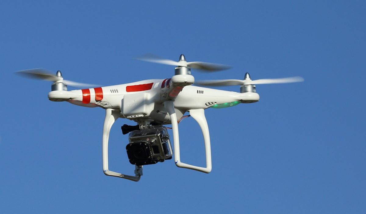 Quando il drone gira un film porno