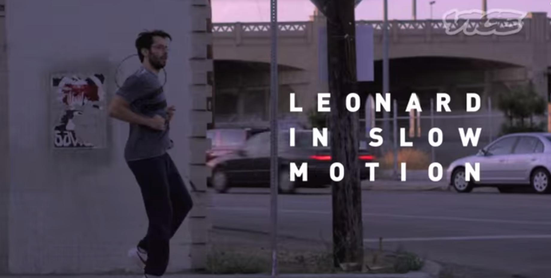 L'uomo che vive la sua vita in slow motion, un corto su come apprezzare sè stessi e trovare la felicità