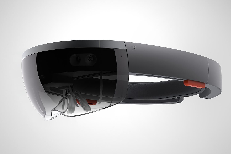 2016 l'anno della realtà virtuale? È guerra tra Sony e Microsoft per i videogame ultra-reali