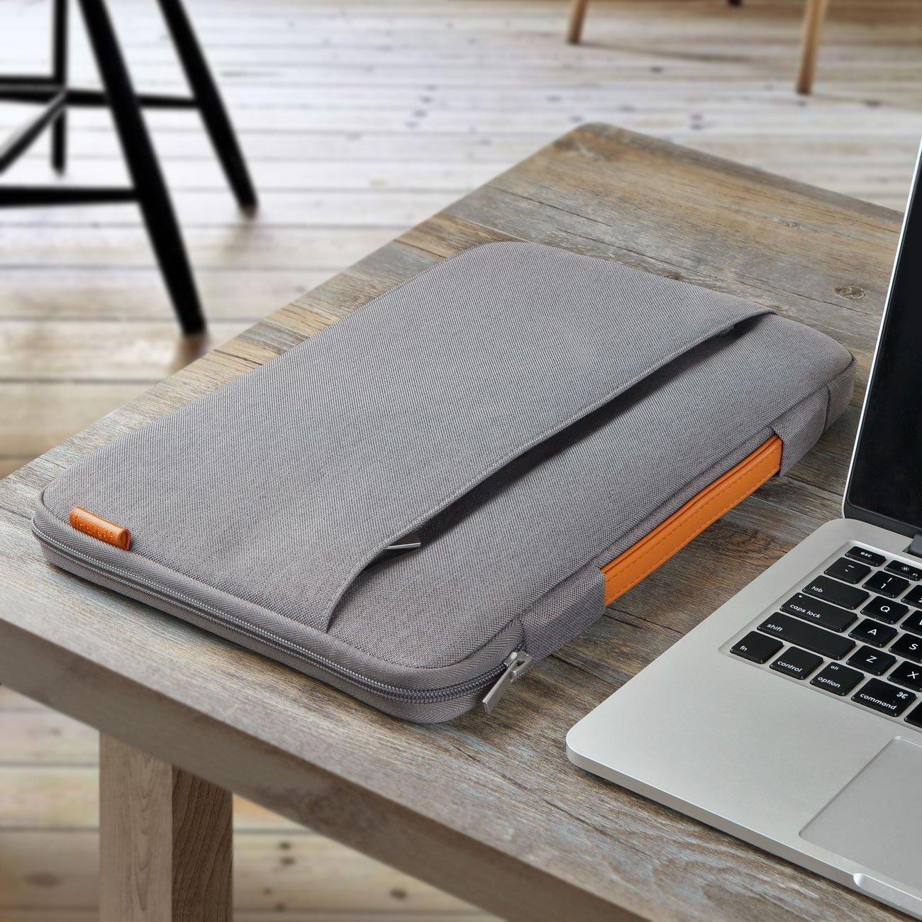 Protezione per il vostro MacBook? Ecco le custodie di Inateck, di stile e qualità.