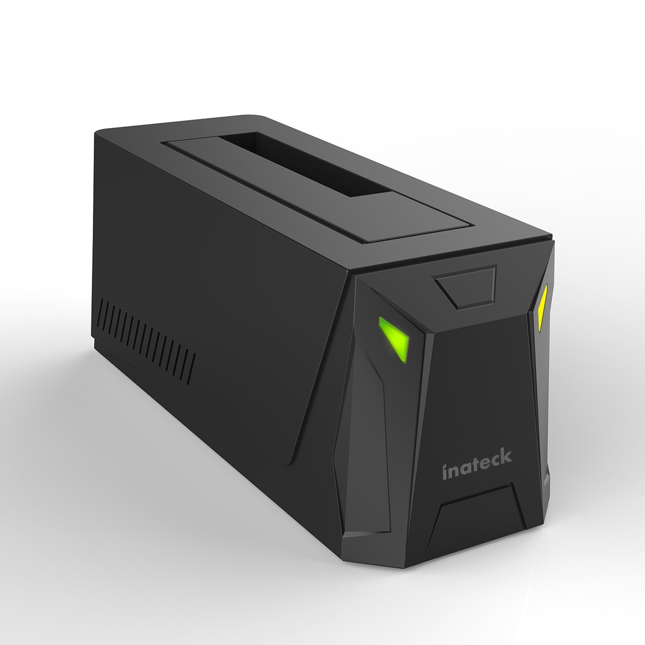Le docking station per hard drive Inateck, ottimi strumenti per fotografi e videomaker